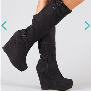 New Black Wedge Boots